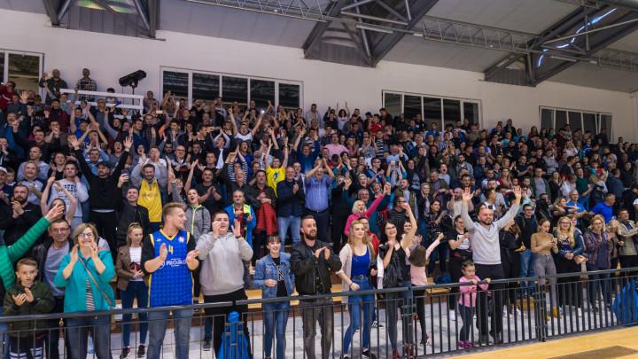 Noć za pamćenje u Donjem Vakufu: Promo na krilima navijača do velikog finala