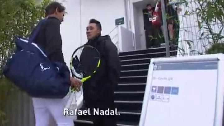 Član obezbjeđenja doveo Nadala u nezgodnu situaciju