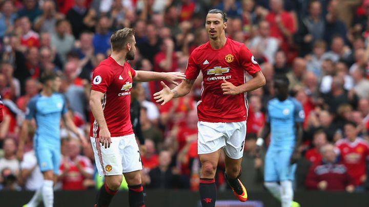 Zvijezda Manchester Uniteda na trening dolazi s mamom | SportSport