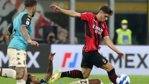Milan oslabljen rutinski do pobjede, bodovno se izjednačio na vrhu s Interom