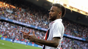 Novi napad na Neymara: Jasna poruka ispisana pred stadionom PSG-a