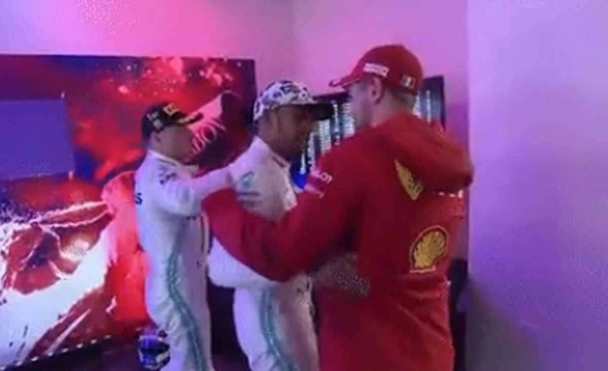 Gospodski potez Vettela nakon što je Hamilton odbranio titulu prvaka svijeta