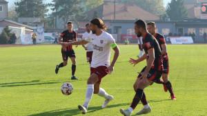 Hrabra igra FK Sloboda i veliki bod protiv FK Sarajevo