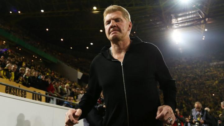 Effenberg: James mora napustiti Bayern
