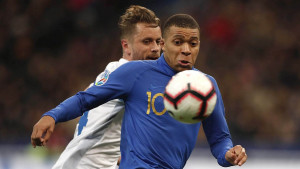 Nije moglo bez Mbappea i Griezmanna, Francuska razbila Island