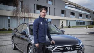 Igrači Reala pred El Clasico dobili nove automobile i to kakve!