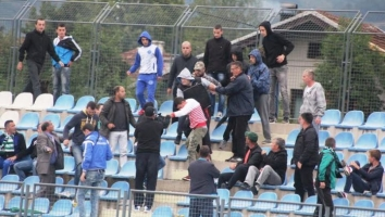 Policija spriječila sukob navijača Travnika i Rudara