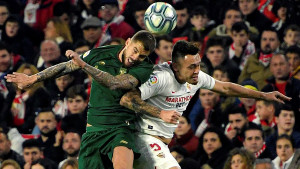 Remi Seville i Athletic Bilbaa na Ramon Sanchez Pizjuanu