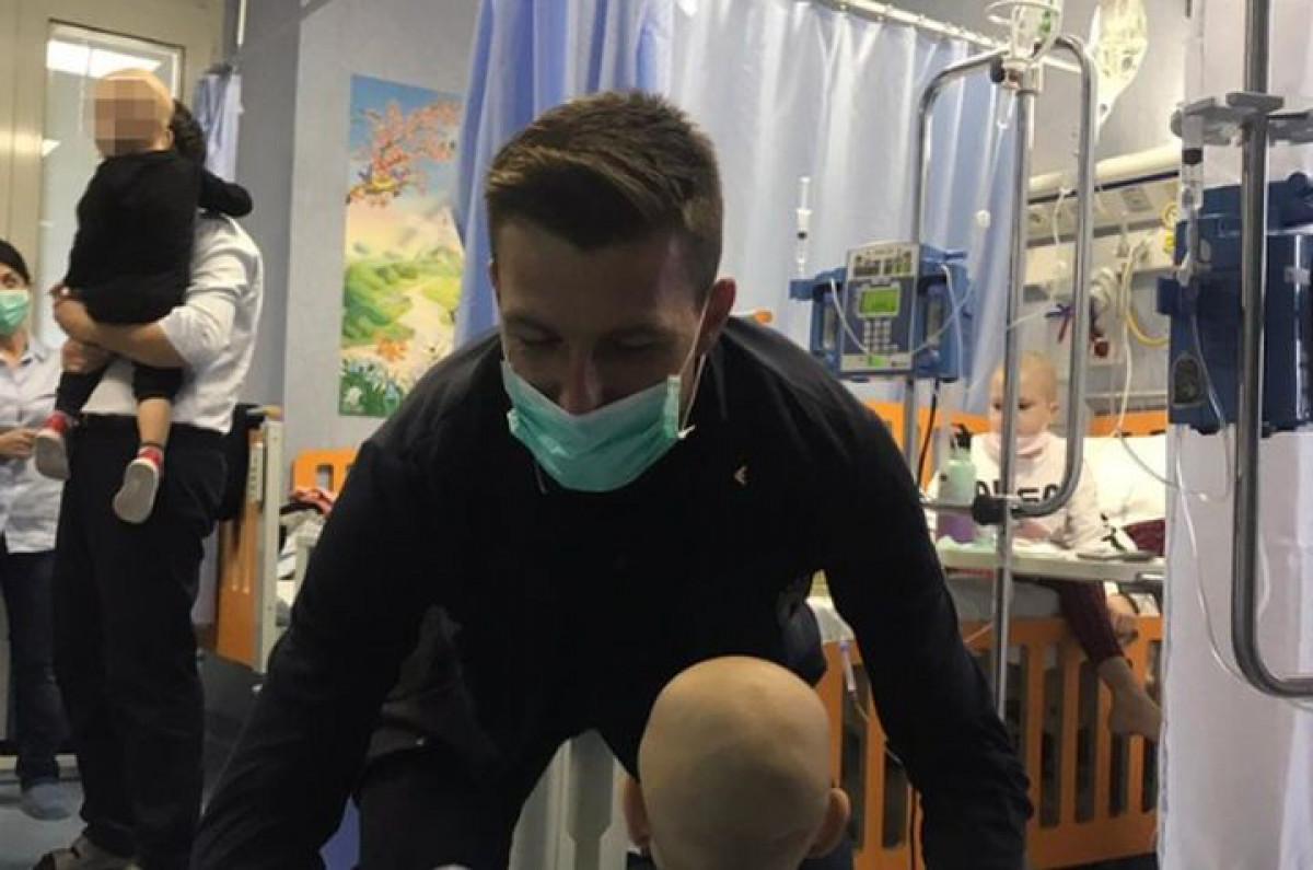 """Igrač Italije odbio napustiti dječiju bolnicu: """"Vratit ću se taksijem, ali ih moram sve vidjeti"""""""