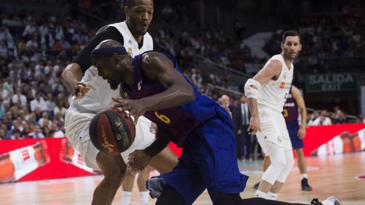 Većina košarkaša iz španskog šampionata protiv nastavka sezone
