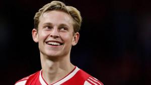 Igrači Ajaxa čestitali De Jongu transfer u Barcelonu