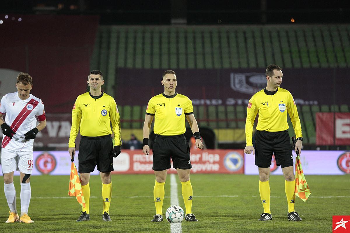 Određene sudije za 25. kolo Premijer lige, pet utakmica u TV prijenosima