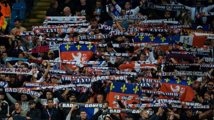 Ružne scene u Barceloni: Huligani napali navijače Lyona