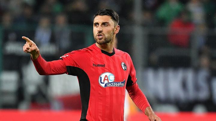 Vincenzo Grifo je ponovo igrač Freiburga i ponovo je u reprezentaciji Italije