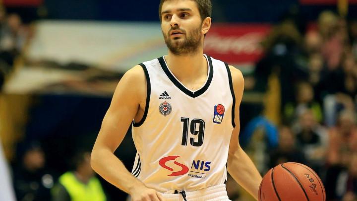MTZ doveo velikog talenta makedonske košarke