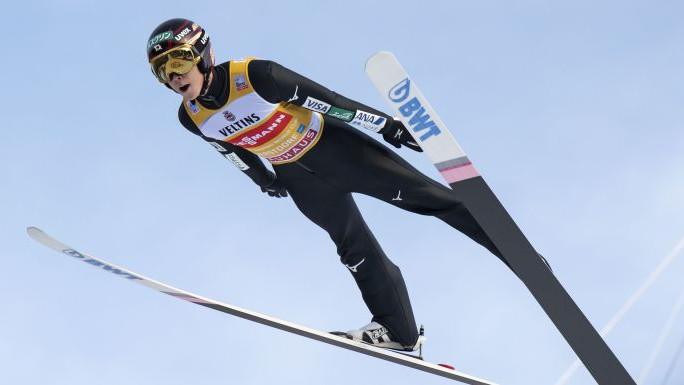 Čudesni Japanac ponovo najbolji: Kobayashi slavio u Oberstdorfu