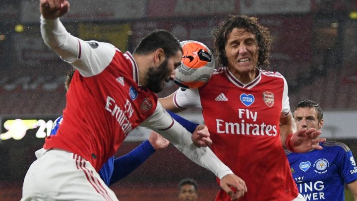 Kolašinac ispao iz startne postave za derbi protiv Liverpoola