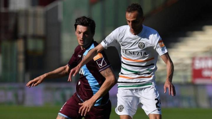 Milan Đurić nakon osam utakmica bez gola konačno pogodio za Salernitanu