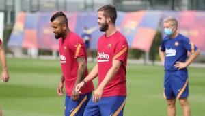 Nije skidao osmijeh sa lica: Miralem Pjanić po prvi put na treningu Barcelone