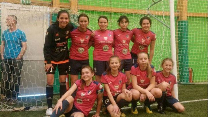 Nogometašicama Iskre pripao turnir u Zenici