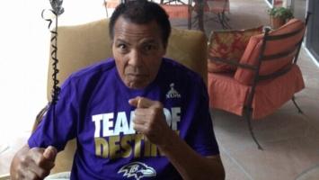 I Muhammad Ali pratio Super Bowl