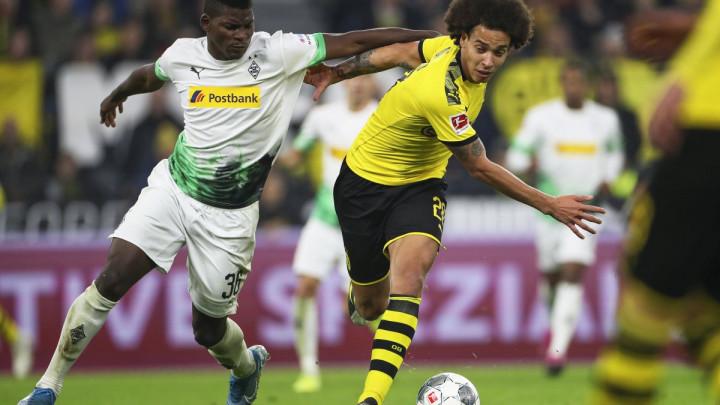 Dortmund slavio u derbiju protiv M'gladbacha i izjednačio se na tabeli sa Bayernom