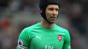 Englezi tvrde da se Cech vraća u Chelsea, oglasio se i golman Arsenala