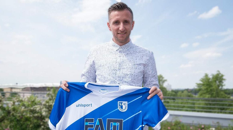 Fejzić se razišao s Eintrachtom, potpisao za novi klub