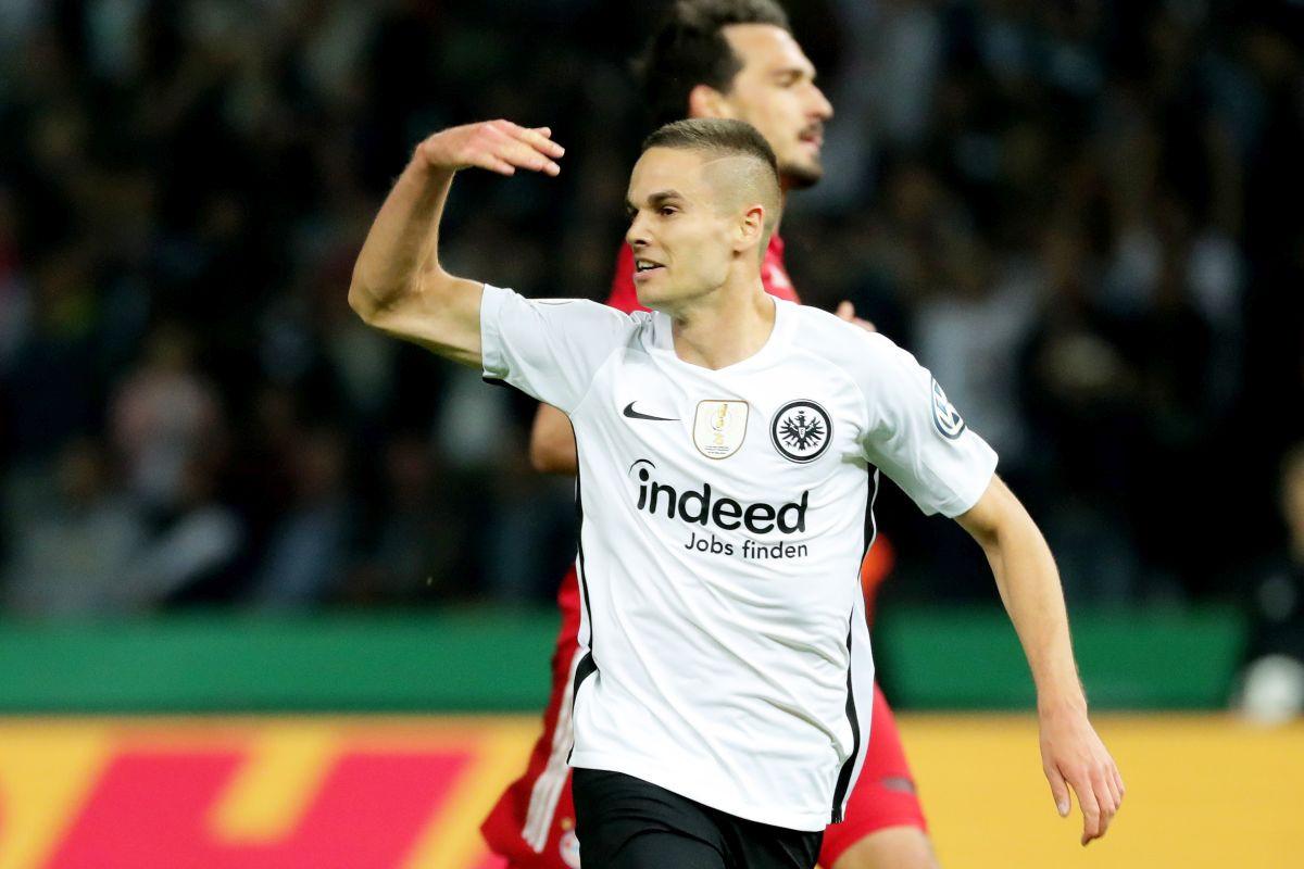 Razmjena u Bundesligi: Mijat Gaćinović napustio Eintracht