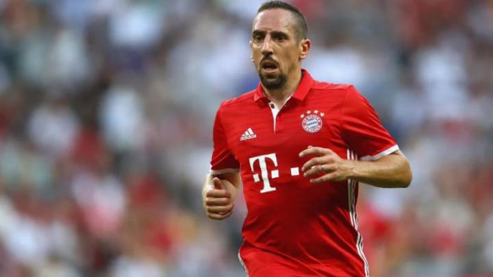 Prvi čovjek Bayerna nosi veoma tužne vijesti za Riberyja
