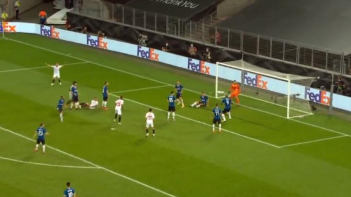 15 minuta je do kraja, a Sevilla je zabila za 3:2, Lukaku bi mogao biti tragičar