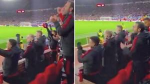 """Old Trafford je """"eksplodirao"""", a svi su vidjeli kako je Van de Beek """"slavio"""" Ronaldov gol"""