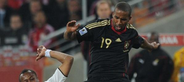 Cacau ne igra protiv Engleske