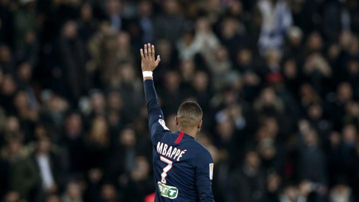Monacu još 35 miliona eura od PSG-a za Mbappea