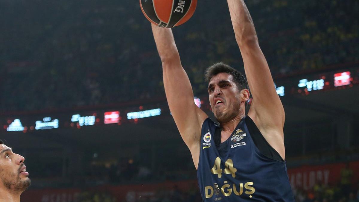 Fener na korak do obrane naslova prvaka Turske