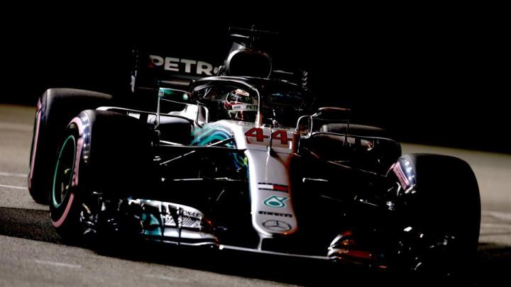 Bottasu naredili da uspori, Hamiltonu pobjeda, Verstappen junak dana