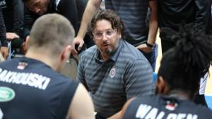 Trener Partizana završio u bolnici