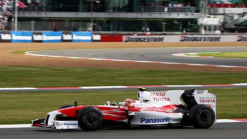 Novi asfalt na stazi Silverstone obradovao momčadi Formule 1