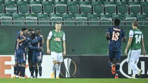 Arsenal okrenuo Rapid u Beču, desetkovani AZ šokirao Napoli