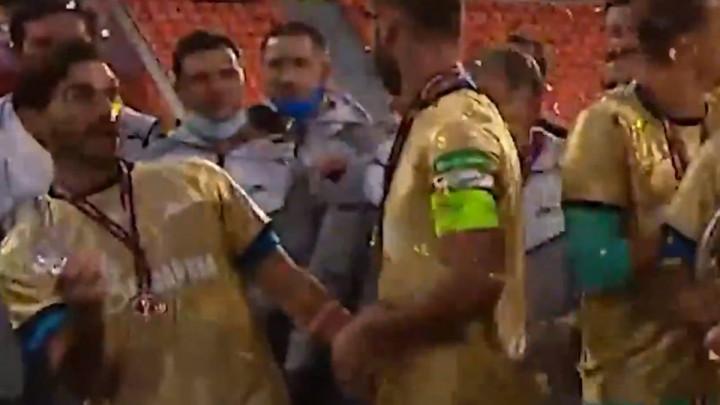 Igrači Zenita slavili trofej, pa im se razbio pehar