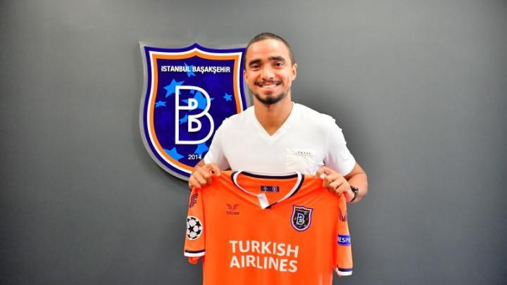 Priredili mu sjajan doček: Istanbul Basaksehir potpisao bivšeg igrača Manchester Uniteda!