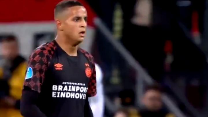 Dirljive scene koje nogomet čine posebnim: 17-godišnjak je skoro zaplakao...