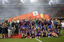 Nevjerovatno: Navijači Barce i Reala zajedno slavili titulu