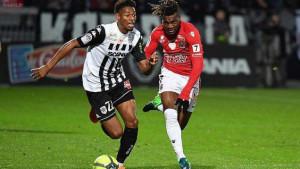 Lyon iz Angersa doveo nekadašnjeg nogometaša Arsenala