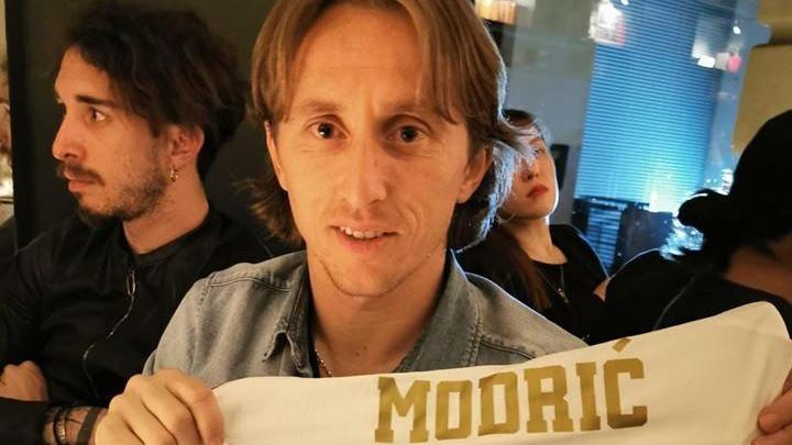 Luka Modrić poslao dres bivšem igraču Sarajeva i napisao mu zanimljivu poruku