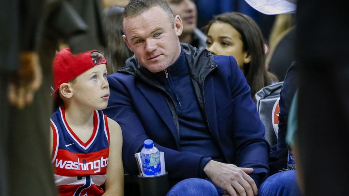 Englezi otkrili pozadinu povratka Waynea Rooneyja: Izgubit će milione, ali...