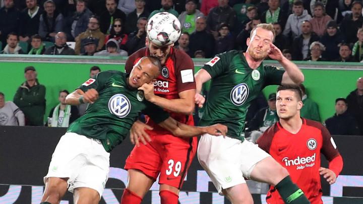 Wolfsburg u 90. minuti došao do boda protiv Eintrachta