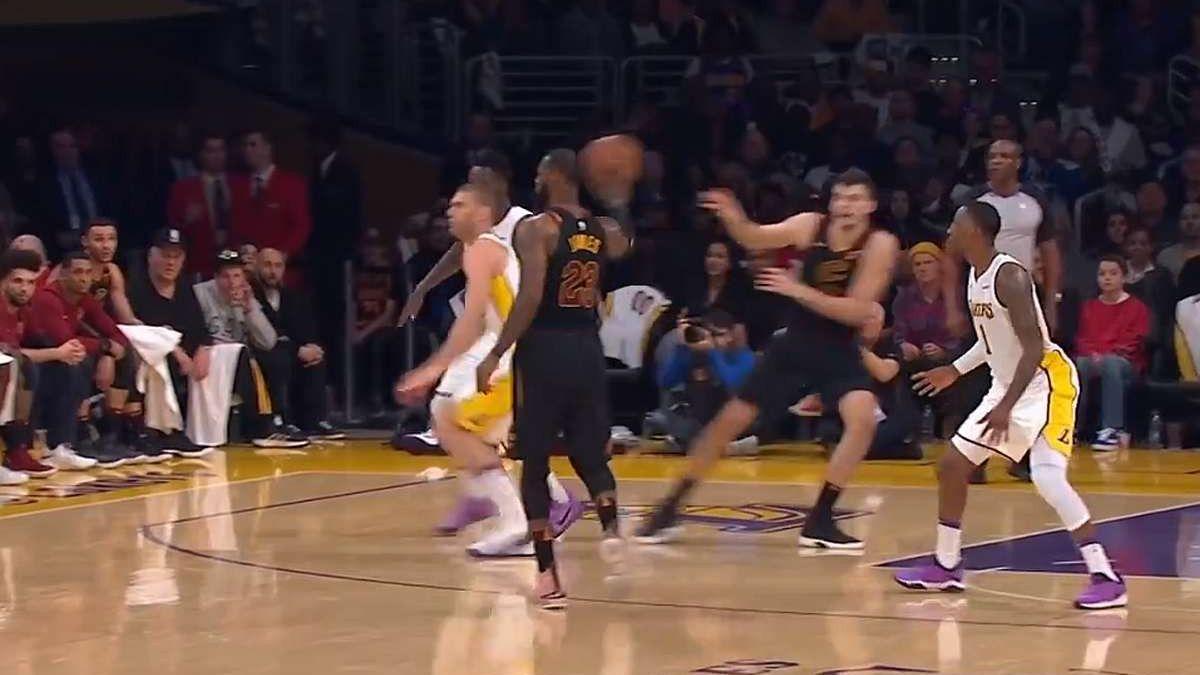 LeBron James ili Roberto Firmino? Kralj jednim potezom nasamario čitavu ekipu Lakersa