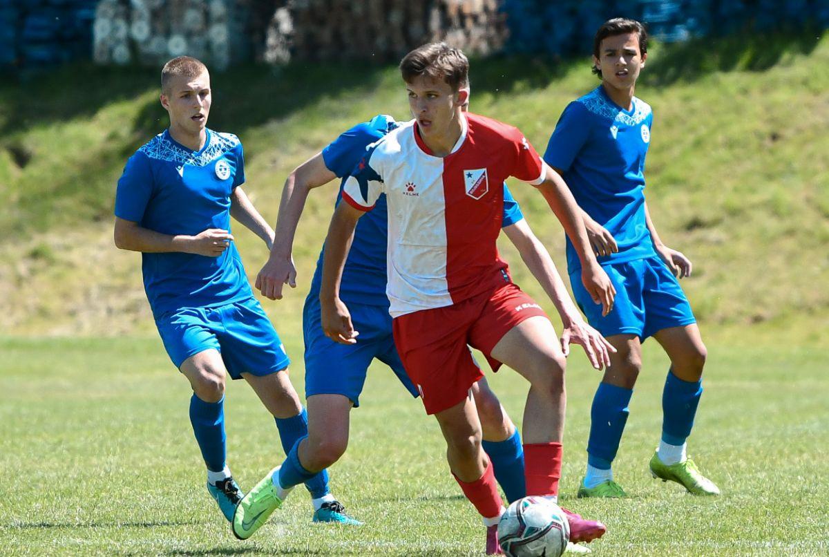 Omladinci Željezničara preko Vojvodine do polufinala