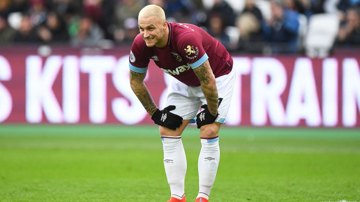 Arnautović ostao bez transfera u Kinu, pa ga West Ham kaznio sa 226.000 funti